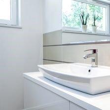 Bathroom sink & mirror | Bay 2 Bay Group